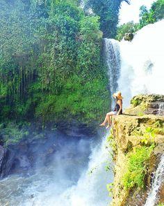 * * バリ最終日😊💓 * 今日はボナ村のトゥグヌガンの滝に行ってきました💙 ここまで頑張って登ったかいがった🏃🏃💨💨 すっごい絶景~💙💙💙 めっちゃ疲れたけど😁 * バリに来てからリプ、皆さんの所に行けなくてごめんなさい💦 帰ったら必ずお返しします~🙏💦💦💦 * * #バリ#滝#海#空#夏#ビーチ#リゾート#自然#風景#カメラ女子#女子旅#bali#island#tegununganwaterfall#summer#sky#nature#trip#travel#genic_mag#genic_travel#photooftheday#instalike#instagood#girls#me#happy#likes#amazing#olympus