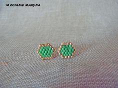 Boucles d'oreilles clous perles Miyuki tissée main Bohochic Bohostyle Bohemian Doré et vert : Boucles d'oreille par m-comme-maryna