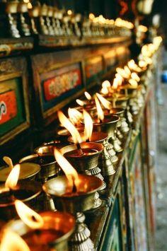 Kham region of Tibet: yak butter candles on an altar Feng Shui, Nepal, Tibetan Buddhism, Buddhist Monk, Incredible India, The Incredibles, Altars, Art Photography, Tibet