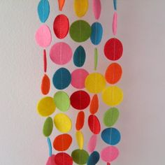 RAINBOW FELT GARLAND DECORATION