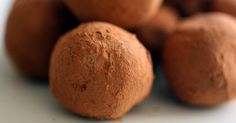 Be super, eat super.LSA Truffles clean eating recipes and inspiration – Ceres Organics Pastry Basket, Elegant Cake Pops, Ceres Organics, Champagne Truffles, Homemade Sweets, Gluten Free Snacks, Grand Marnier, Best Chocolate, Confectionery