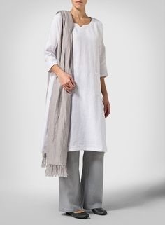 Linen White Monk Dress Look Mode Ab 50, Cool Outfits, Fashion Outfits, Women's Fashion, Linen Shop, Mature Fashion, Linen Trousers, Cotton Pants, Facon