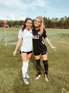 New Favorite Booty Boot-Camp Workout New Favorite Booty Boot-Camp 4 Week Workout, Best Ab Workout, Best Friend Photos, Best Friend Goals, Friend Pics, Bff Pictures, Sports Pictures, Cute Soccer Pictures, Girls Soccer