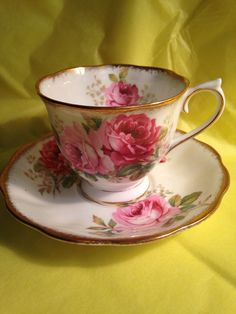 Royal Albert American Beauty cup and saucer in excellent condition Lovely pink roses, with heavy gilded edges make this classic pattern very desirable. Thanks for shopping at FrontPorchCollector