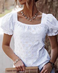Blouse Styles, Blouse Designs, Trend Fashion, Womens Fashion, Shirt Blouses, Shirts, Ruffle Blouse, Lace Dress, Beautiful Blouses
