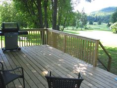 Cottages at The Peaks!: The cottages are located on the golf course (7th green).  They have outside decks with spectacular views of the golf course and Dickson Mountain.  You can see the lake from the back yard and the beach is a five minute walk along the shoreline.