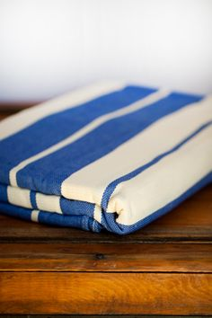 Didymos Blue & Natural Stripes (WANT!!!)