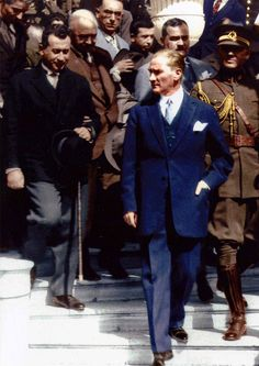 30 Proofs That Atatürk Is One Of The Most Charismatic And Stylish Men In The World - Bestselling Outer Wears