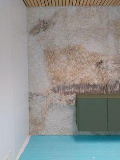 Ruige vilten wand Big Green Egg | VanVilt | ambachtelijk vilt Wool Art, Green Eggs, Inspiration Wall, Sheep Wool, Handmade Felt, Felting, Fabrics, Deco, Abstract