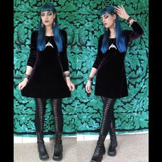 The Goblin Queen impression is back, because looking fae is never a bad plan ✨Velvet dress and boots are thrifted, leggings from Hot Topic, door knocker hair clips from Hysteria Machine on Etsy, necklace and earrings made by me. #ootd #gothgoth #thegothicalice #thriftclothes #manicpanic #bluehair #velvet #kvdayesha #goblinqueen #labyrinth #fae