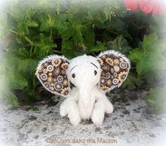 Nikita éléphant d'artiste miniature par unoursdansmamaison sur Etsy