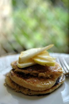 Easy Peasy Organic | recipes to change your world : Cacao Butter and Pear Pancakes