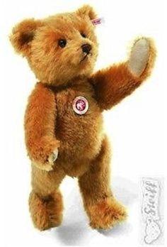 Steiff Teddy Bear 1928 Replica, music box, excelsior stuffed EAN # 037160 Value and Details Steiff Teddy Bear, Teddy Bears, Ode To Joy, Classic, Music, Stuffed Toys, Animals, Blond, Van