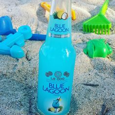 Blue lagoon cocktail in a bottle, cute beach company 👌👍💙👙⛵ #bluelagoon #cocktail #cocktails #beach #beachlife #Halkidiki #Greece #blue #turquoise #drink #drinks #summer #holiday #holidays #vacation #relax #toys #instacolor #instalike