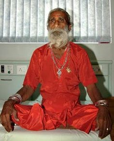 The most incredible and different: Indian holy Man Prahlad Jani has not eaten for 70 years !