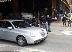 Valle #d'Aosta: #Immigrazione #polizia di Aosta arresta passeur olandese (link: http://ift.tt/2c39A0D )