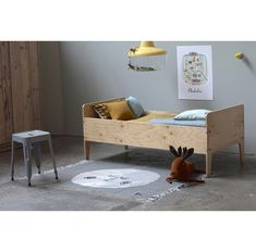 Piet Hein Eek Juniorbed crisis Diy Toddler Bed, Toddler Rooms, Junior Bed, Kids Bedroom Furniture, Plywood Furniture, Childrens Beds, Kid Spaces, Kid Beds, Girl Room