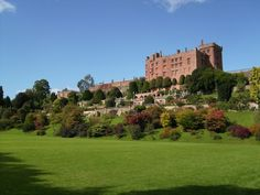 Powis Castle | Attribution:  Sjwells53, Wikimedia Commons, CC BY-SA 3.0 | #Tags: Castles, Best Of British, Quintessentially British, Great Britain, United Kingdom