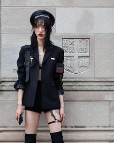 Edgy Outfits, Dance Outfits, Sora Choi, Womens Dress Suits, Shooting Photo, Androgynous Fashion, Blackpink Fashion, Korean Street Fashion, Alternative Fashion
