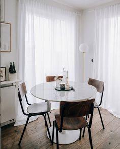 my scandinavian home: A Polish Photographer Shares Her Elegant Home And Best Shopping Tips! Scandi Home, Scandinavian Home, White Apartment, Old Desks, Retro Furniture, White Houses, Elegant Homes, Shopping Hacks, Kitchen Interior
