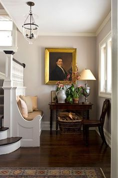 ~ Living a Beautiful Life ~ Traditional decor in this entry with built-in bench, oil painting, and magnficient timeless style. Home Design, Design Entrée, Design Ideas, Design Styles, Design Inspiration, Traditional Decor, Traditional House, Foyer Decorating, Interior Decorating