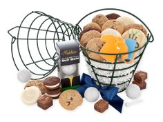 Cheryl's Cookies are a favorite at the office, and these treats in a real golf-ball basket makes a fabulous #fathersday gift. #fathersdaypresents