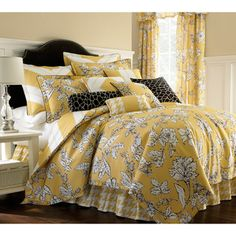 Update your bedroom with this lovely floral comforter set. Featuring a lovely white-and-brown floral pattern against a mustard-yellow background, this set includes everything you need for a comfortable and stylish space. This set is machine washable. Yellow Comforter Set, Floral Comforter, Twin Comforter Sets, Bedding Sets, King Comforter, Guest Bedrooms, Bedroom Sets, Dream Bedroom, Uni Bedroom