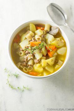 Para um jantar delicioso, saudável e rápido basta uma tigela dessa Sopa de…
