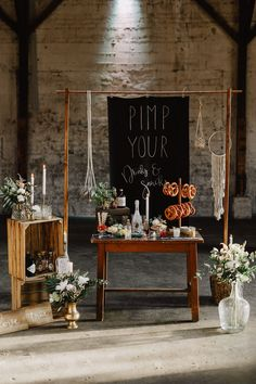 Snack Bar with Pretzel Bar and Gin Bar for Wedding instead of Sweet Table or Candy Bar The post Easy Boho Glam Wedding Ideas with Snack Bar appeared first on Woman Casual - Wedding Gown Casual Wedding Gowns, Wedding Robe, Boho Wedding, Wedding Blog, Wedding Ideas, Wedding Decorations, Wedding Snack Bar, Candy Bar Wedding, Table Wedding