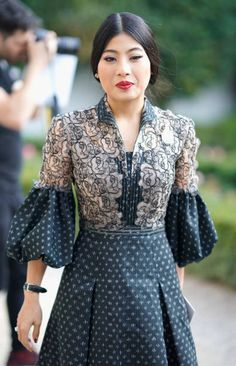 Sirivannavari Nariratana attends the Christian Dior show as part of the Paris Fashion Week Womenswear Spring/Summer 2018 on September 26 2017 in. Batik Fashion, Moda Fashion, Fashion 2017, Trendy Fashion, Fashion Dresses, 80s Fashion, Winter Fashion, Fashion Tips, Fashion Trends