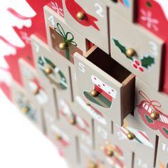 Calendrier de l'Avent Sapin de Noël en Bois tiroir ouvert