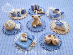 Beary Girly Sleepover Cupcake Toppers by Lynlees Petite Cakes, via Flickr