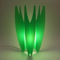 un semplice incastro e senza ausilio di altri componenti, supporti o accessori #lampada #riciclo #light #recycling
