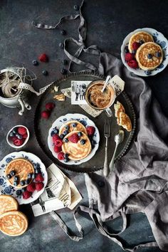 42 ideas breakfast pictures pancakes for 2019 Pancakes, Crepes And Waffles, Breakfast Photography, Food Photography Styling, Food Styling, Art Photography, Breakfast Pictures, Breakfast Ideas, Breakfast Sandwich Recipes
