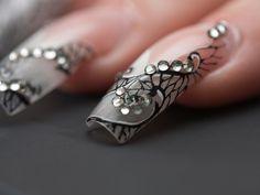 nail)