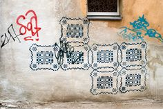 Kaunas Graffiti  Apparently this is a traditional Lithuanian embroidery pattern.