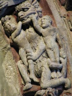 Detail of the Porch of Glory, Cathedral of Santiago de Compostela Romanesque Sculpture, Romanesque Art, Romanesque Architecture, Medieval World, Medieval Art, Apocalypse, Architectural Sculpture, Ange Demon, Archaeological Discoveries