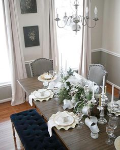 Good morning. I'm trying out a lighter shade for the curtains in this area. Now I'm not so sure if I'd rather have darker ones or this light color. Either way I need drapes for this area. Sharing for #styleitupwednesday #homedecor #interior123 #interiorstyling #decorating #myhomestyle #diningroom #interior4all #myeclecticmix #homesweethome #hem_inspiration #elledecor #traditionalhome #ashleyhomestore #lovewhereyoudwell #interiors #homeinterior #neutraldecor #wednesdaywalldecor #bhg #hgtvhome