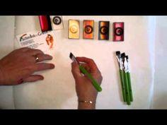 Leren schminken stap voor stap. Les 17. Verschil tussen platte penseel en schuine penseel.