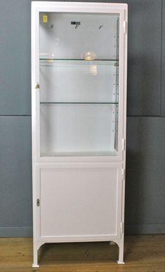 Dokterskast, Medicijnkast - Half glazen en half metalen deur - Vintage Fabriek