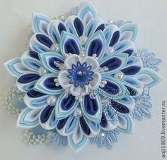 """Цветок канзаши """"Снежинка"""" - синий,голубой цвет,снежинка,Новый Год,игрушка на елку"""