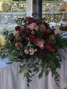 Weddings Floral Wreath, Barn, Wreaths, Weddings, Table Decorations, Flowers, Design, Home Decor, Floral Crown