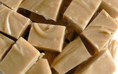 Caramel Fudge - 350 g Condensed Milk (1 tin) - 550 g Sugar - 150 g Unsalted Butter - 120 g Golden Syrup - 90 g Warm Water - 2 tsp Heilala Vanilla Bean Paste