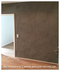 Betonoptik - sehr schöne Wandgestaltung von unserem Rolf im Zuge einer Altbauwohnung-Komplettsanierung. Sieht toll aus, gefällt es Euch?   #Betonoptik #Lifestyle #Altbausanierung   Hol' Dir den urbanen Charme von Beton nach Hause. Individuell und außergewöhnlich