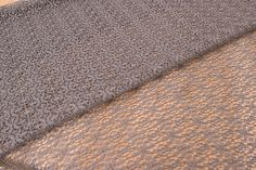 Δαντέλα Ύφασμα Πλεκτή LC112741-9  Δαντέλα ύφασμα πλεκτή, πλάτους 150cm σε χρώμα γκρι. Εξαιρετική ποιότητα και κομψό, διακριτικό σχέδιο για όμορφα δεσίματα. Δώστε ένα ρομαντικό, vintage ύφος στις δημιουργίες σας. Ιδανική για να δέσετε μπομπονιέρες, προσκλητήρια, μαρτυρικά, λαμπάδες γάμου και βάπτισης, κουτιά βάπτισης και λαδοσέτ. Χρησιμοποιήστε την ακόμα για διάφορες χειροτεχνίες και κατασκευές.Διαστάσεις: 150cm x 1m
