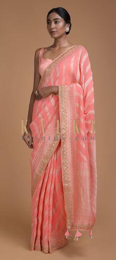 Georgette Saree Party Wear, Lehenga Style Saree, Party Wear Sarees, Saree Blouse Patterns, Saree Blouse Designs, Sari Blouse, Latest Designer Sarees, Indian Designer Outfits, Indian Party Wear