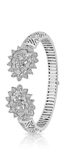 #Liali #lialijewellery #jewellery #PearNIce #rwhitegold #diamond #bangle #love #gift #celebration