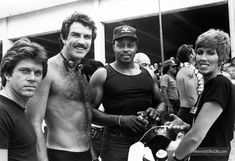 Magnum, P.I. - Behind the scenes photo of Tom Selleck & Larry Manetti
