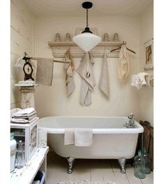 I love this old fashion bathroom.