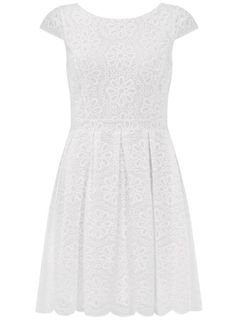 Gorgeous white dress from @dorothy_perkins - this could be my #DayattheRaces dress!